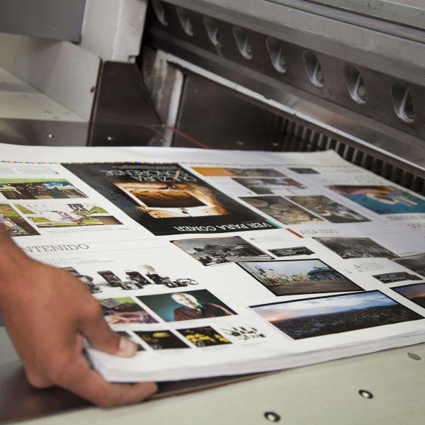 AdobeStock 70903710 1 600x600 - انواع چاپ