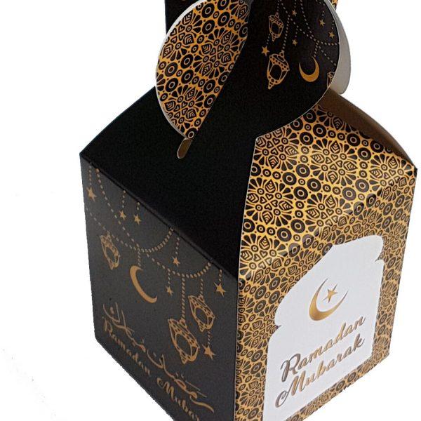 gift box ramadan black and gold IF 600x600 - طلاکوب چیست