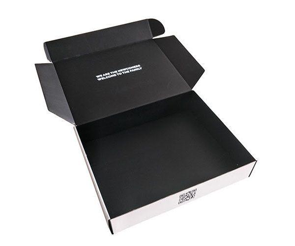 pl19079796 corrugated glossy lamination paper gift box black printed packaging carton box 600x500 - چاپ کارتن
